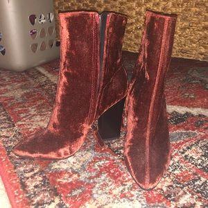 Zara velvet boots!